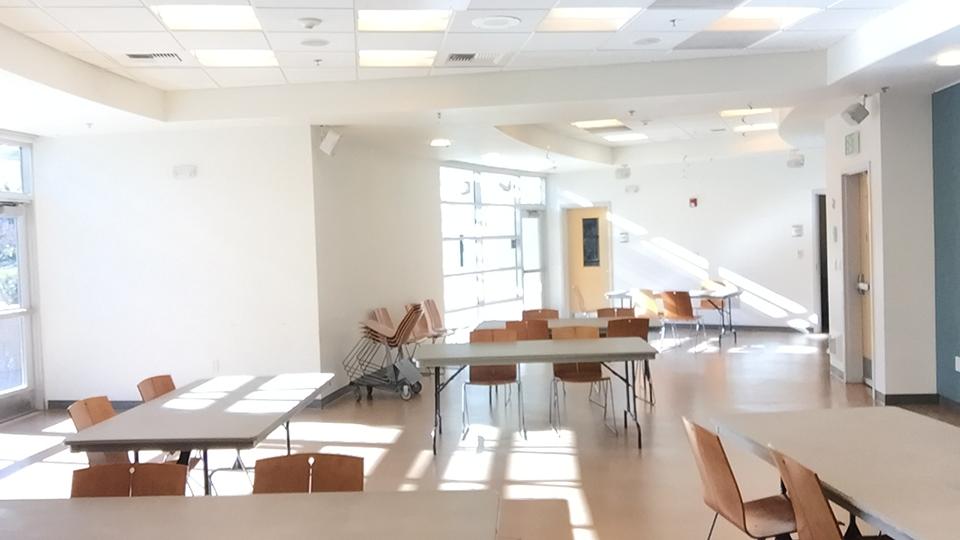 Community Room - College-Rolando